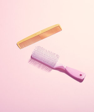 hairbrush-use