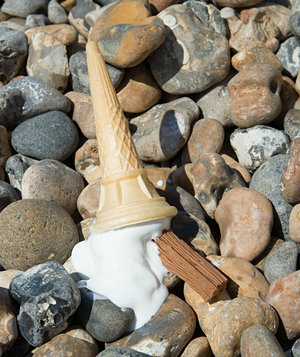 ice-cream-cone-dropped-beach