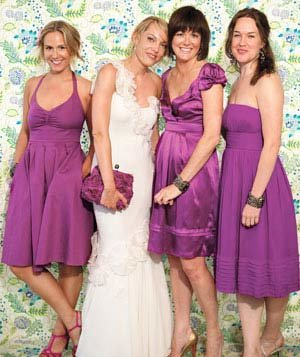 bride-bridemaids