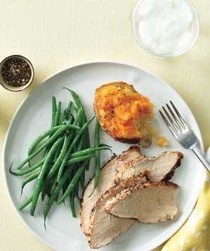 roasted-turkeywith-cheddar-stuffed-potatoes