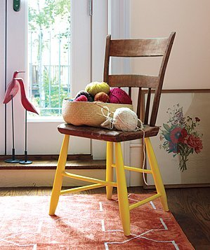 painted-chair-legs