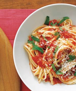 Pasta With Fresh Tomato Sauce Recipe Real Simple