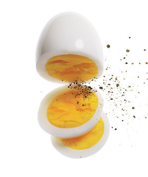 hard-boiled-egg-black-pepper