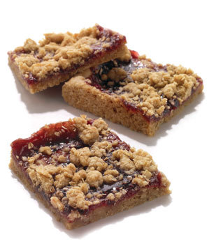 Oatmeal Raspberry-Jam Bars Recipe | Real Simple