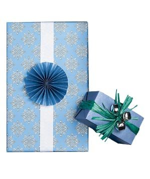 blue-wrapping-paper-holiday