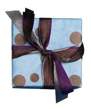 gift-blue-wrapping-paper-ribbons