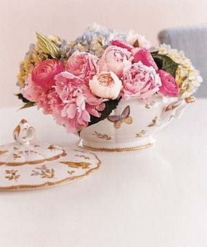 pink-flower-arrangement