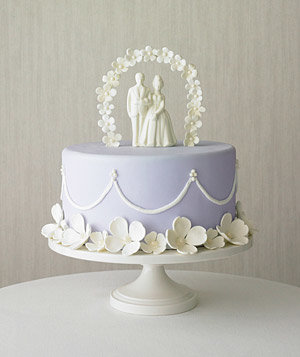 purple-white-cake