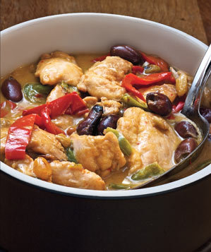 chicken-pepper-stew-olives