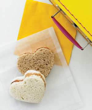 heart-shaped-sandwiches