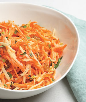 carrot-apple-slaw-raisins-0