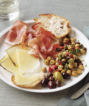 tapas-plate-with-marinated-chick-peas