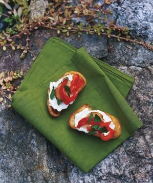 red-pepper-crostini