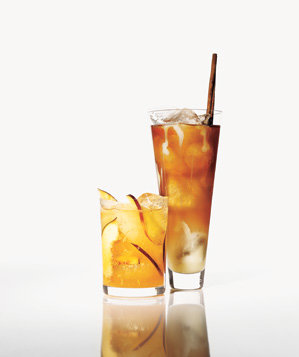 iced-chai-tea-gingery-peach-cooler