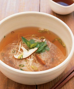asian-noodle-soup