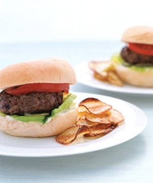 hamburgers-with-oven-chips