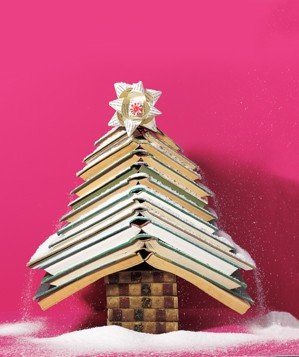 christmas-tree-made-books