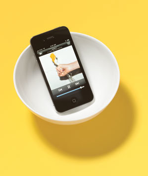 iphone-white-bowl