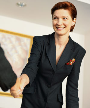 business-woman-handshake