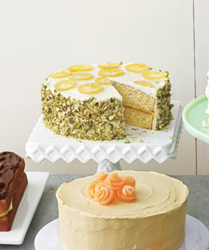 yellow-cake-pistachio-crust