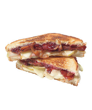 pear-bacon-grilled-cheese