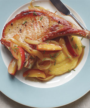 pork-chops-apples-polenta