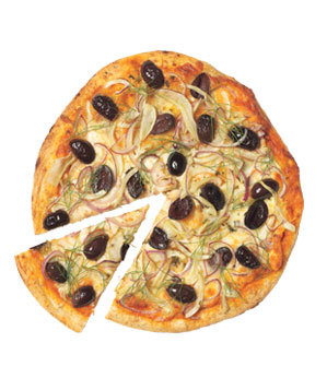 fennel-olive-onion-pizza