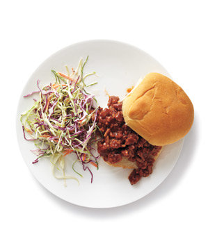 turkey-sloppy-joes-coleslaw