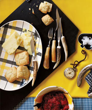 biscuits-tomato-jam