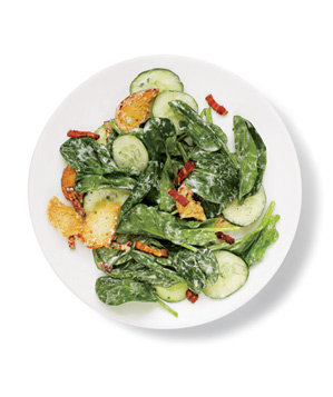 spinach-salad-bacon-croutons