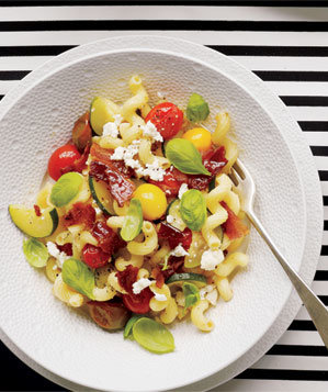 Pasta With Zucchini, Tomatoes, and Bacon Recipe | Real Simple