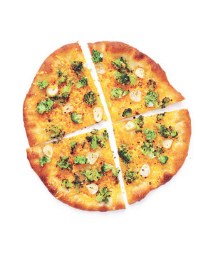 broccoli-cheddar-pizzas