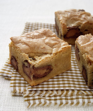 blondies-peanut-butter-cups