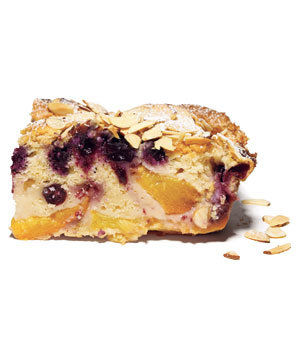 peach-blueberry-buckle
