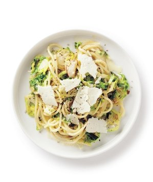 brussels-sprouts-spaghetti