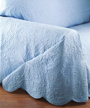 coverlet-used-to-revamp-sofa