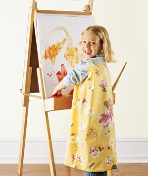 pillowcase-used-to-create-a-kids-smock
