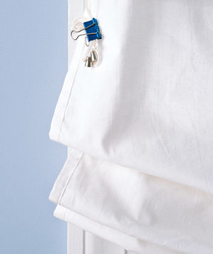 binder-clip-used-to-secure-window-blind-cord
