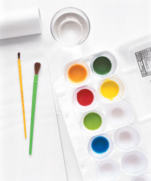 egg-carton-used-as-paint-palette