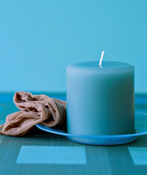 panty-hose-used-to-clean-candles