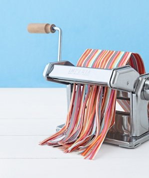pasta-maker-paper-shredder