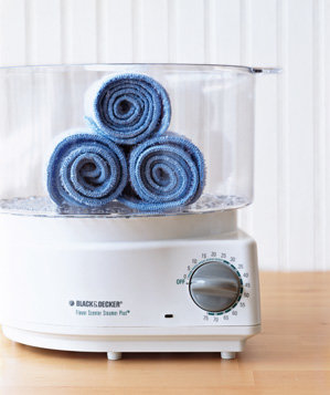 rice-cooker-used-to-steam-hot-towels
