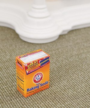 baking-soda-used-to-freshen-carpet