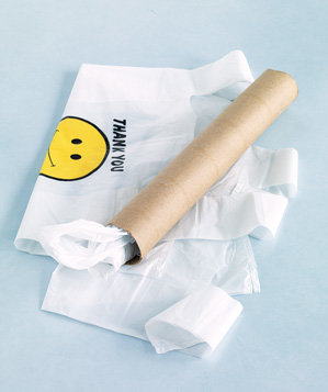toilet-paper-tube-used-to-store-plastic-bags