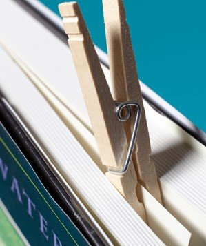 clothespin-as-bookmark