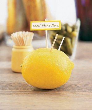 lemon-used-to-collect-tooth-picks