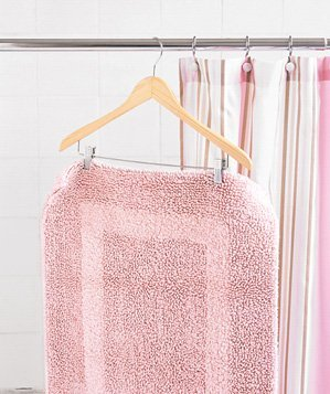 pant-hanger-used-to-dry-bath-mat
