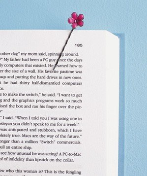 bobby-pin-used-as-bookmark