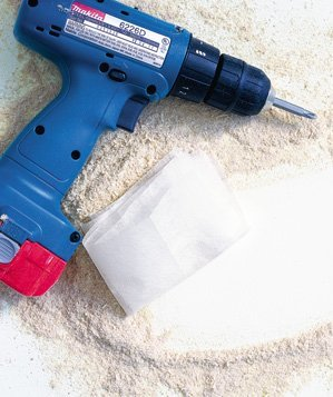 dryer-sheet-used-to-wipe-sawdust