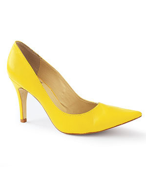 yellow-shoe